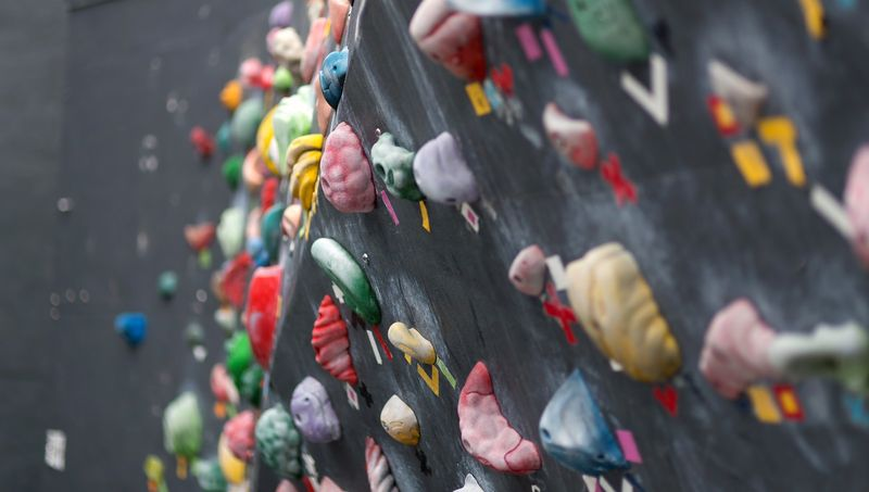 ボルダリングの壁